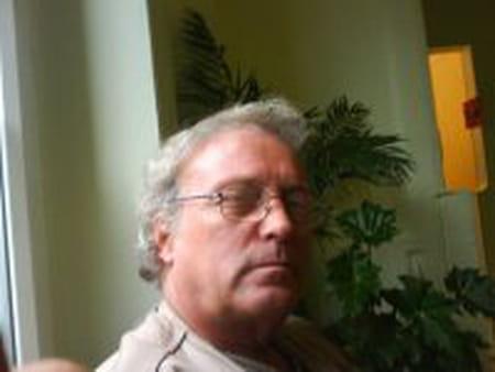 Jean- Pierre Santos