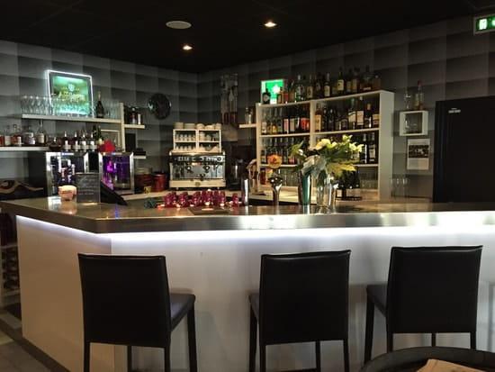 Brasserie le Loft  - Bar -   © Julie souliman