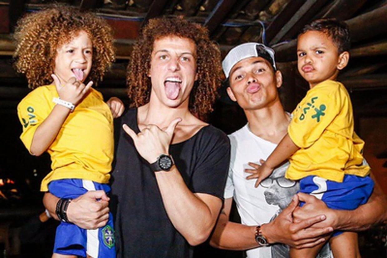 David Luiz Et Thiago Silva : Ces Enfants Sont Leurs Mini-sosies ! [PHOTO]