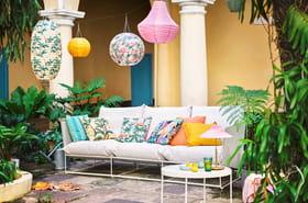 Des idées pratiques et déco pour éclairer son jardin et sa terrasse