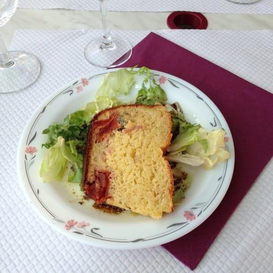 Entrée : Du Pain Sur La Planche  - Cake provençale  -