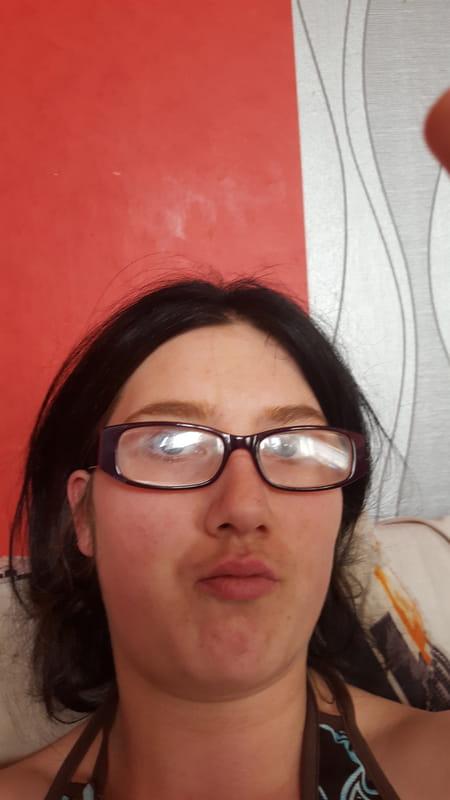 Laura Dequick