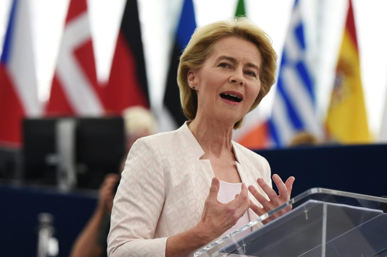 Ultime effort de l'Allemande Ursula von der Leyen pour convaincre le Parlement européen