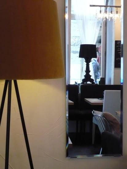 LY Restaurant  - la salle -