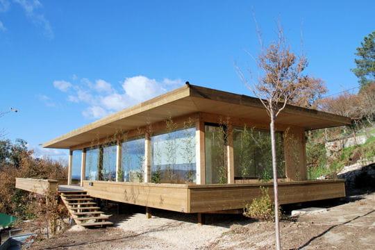Petite maison contemporaine - Petites maisons en bois ...