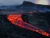 Au coeur des abysses : Le plus grand volcan du monde
