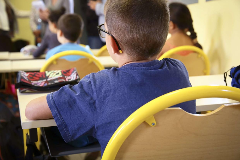 Guide des parents à l'école moyenne datant