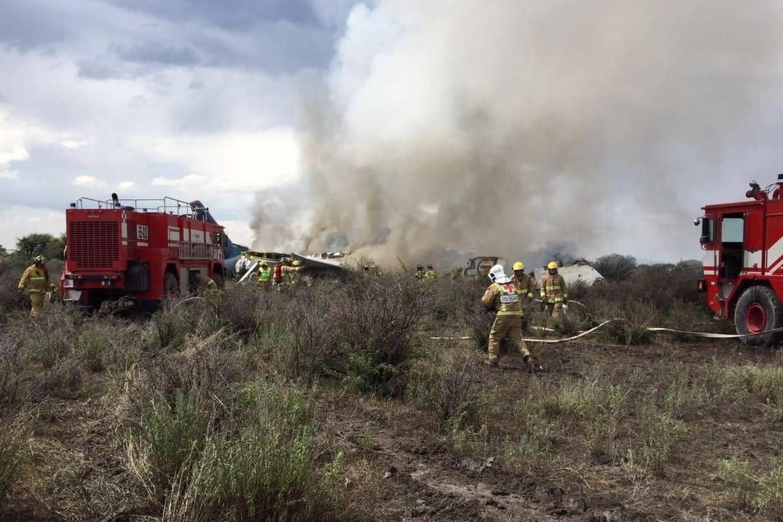 Mexique : un avion de ligne s'écrase au décollage, au moins 80 blessés