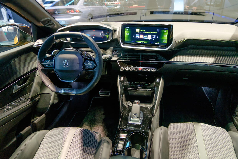 Découvrez L'intérieur De La Nouvelle Peugeot 208