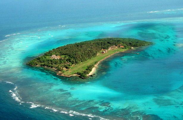 katafanga island 16 millions d 39 euros. Black Bedroom Furniture Sets. Home Design Ideas