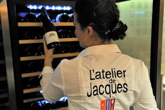 Restaurant : L'Atelier de Jacques  - Belle carte des vins -   © ERISAY