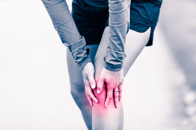 Entorse du genou: comment la soigner