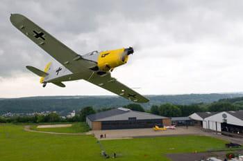 La Ferté Alais: Bienvenue au pays des irréductibles aviateurs!