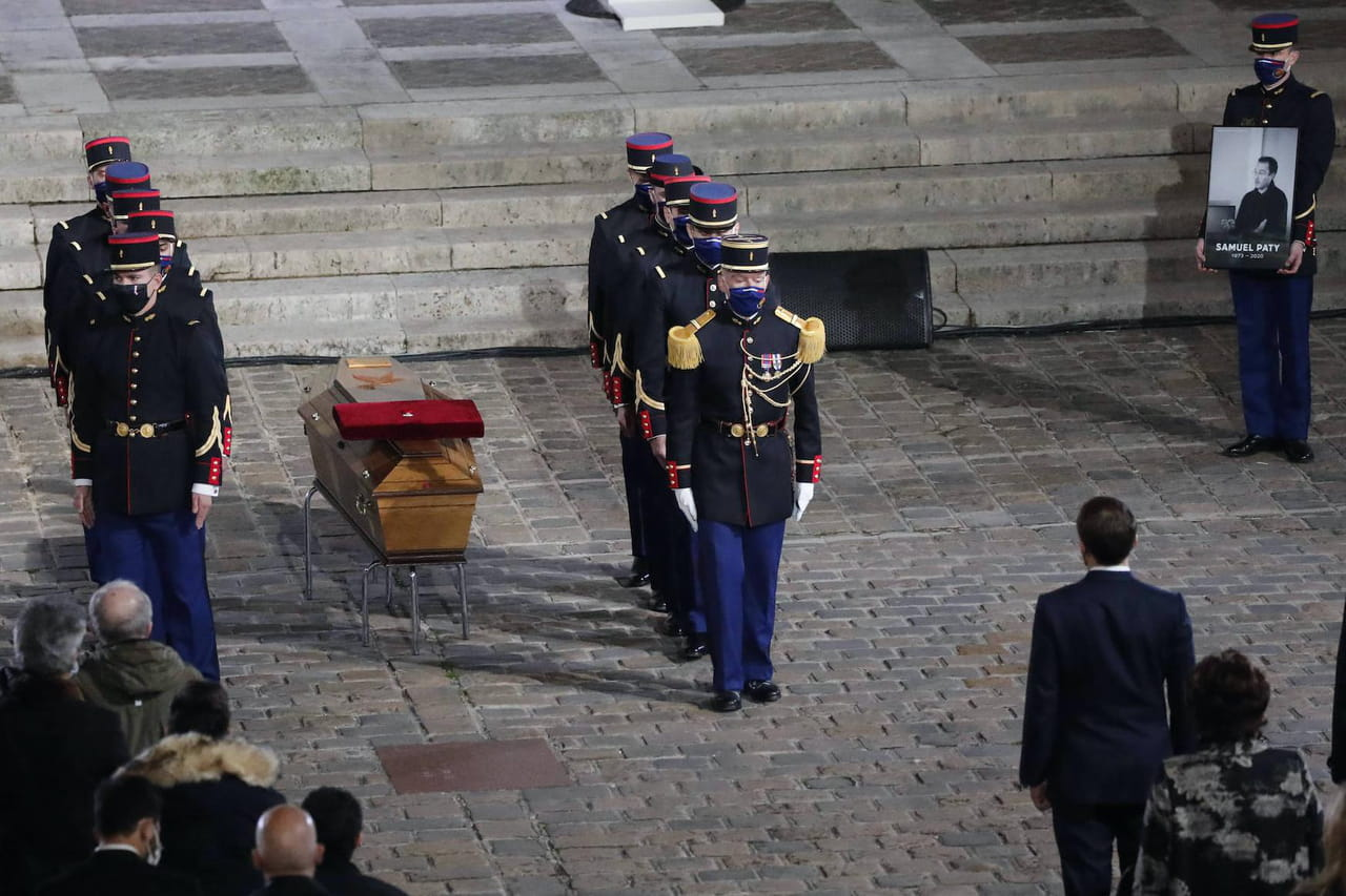 Samuel Paty: après la cérémonie dhommage à la Sorbonne, les deux collégiens mis en examen et remis en liberté