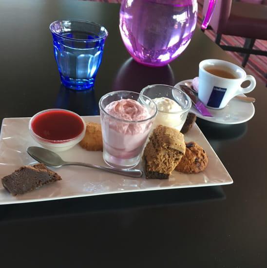 Dessert : Le 6 de Michel Latrille  - Café gourmand !!! -