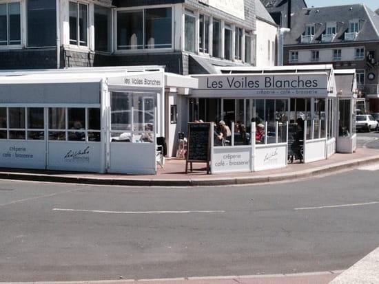 Restaurant : Les Voiles Blanches  - Façade terrasse couverte -
