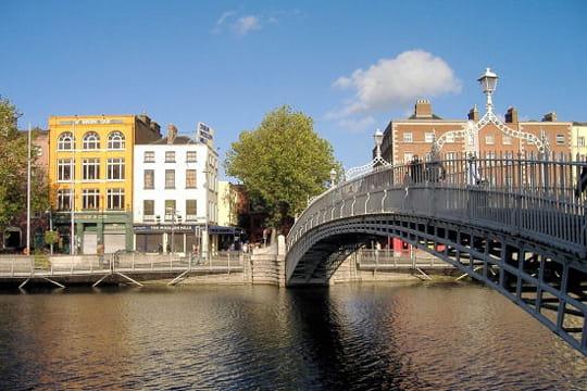 Le Half Penny bridge à Dublin