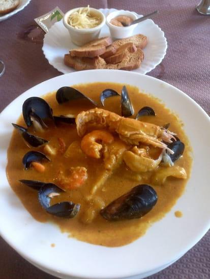 Restaurant : Les 2 filles  - Excellente Bourride -
