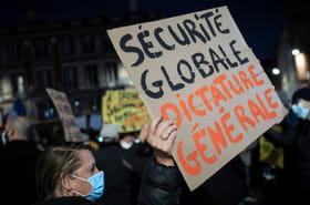 """""""Sécurité globale"""": les députés entament l'examen du texte controversé, les opposants manifestent"""