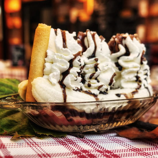 Dessert : Crêperie L'Épi de Blé - Rennes  - Banana split -   © -