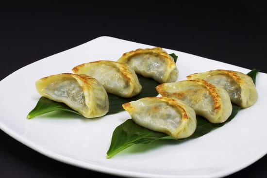 Huatian Chinagora  - Guotié, raviolis grillés au porc -