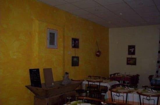 Café des Sports  - La salle de restaurant -   © Véronique