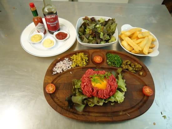 L'Auberge  - tartare de boeuf garni -   © arnaud abitbol