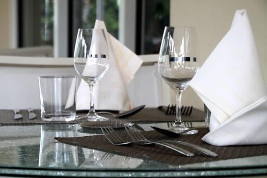 Restaurant des Grands Crus  - Service soignée, cuisine frais du marché -   © anciaux marianne