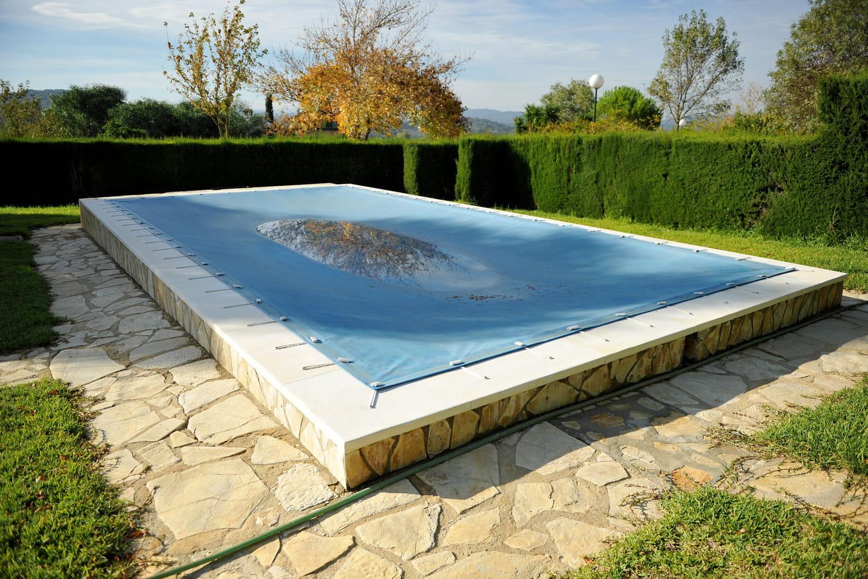 Hivernage d'une piscine: principes et astuces pour la préserver