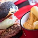 Plat : Chalet des 2 Lacs  - Black Burger -   © Chalet des 2 Lacs