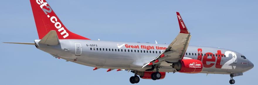 Un passager ivre sort sa poupée gonflable en plein vol, l'avion est dérouté