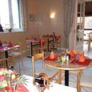 Restaurant les Messageries  - salle myrtille -   © barré muriel