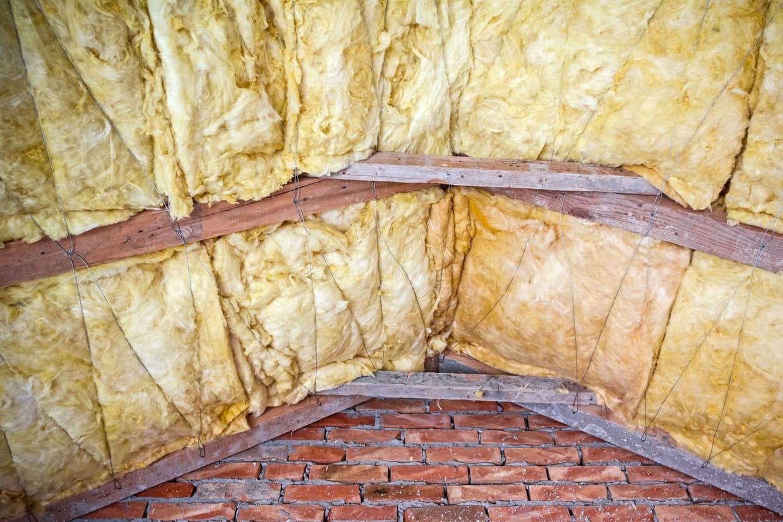 Isolation toiture comble conseils pour mieux isoler votre habitat - Isoler son jardin des regards ...