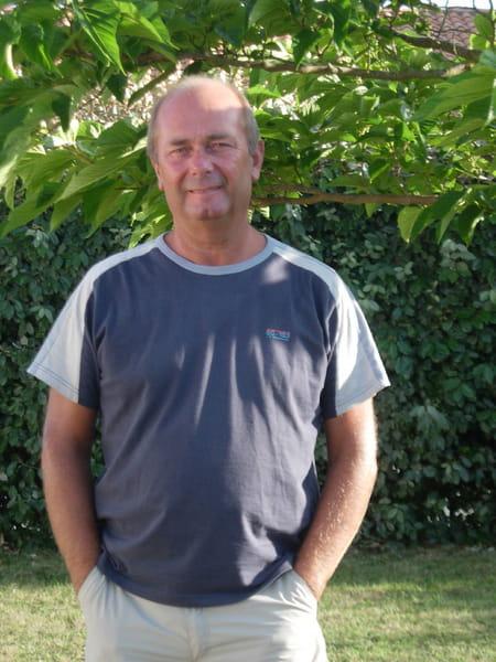 Michel Achard  De  La  Vente
