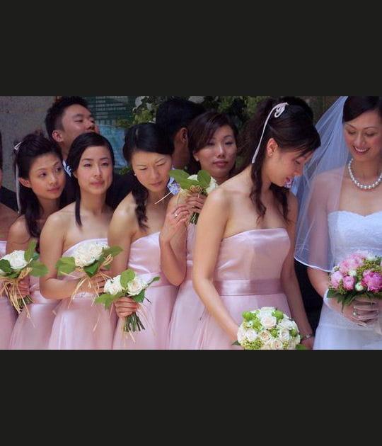 La mariée et ses demoiselles d'honneur