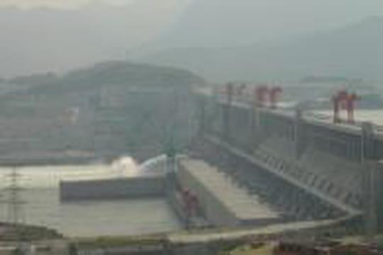 Le barrage des Trois Gorges: raison ou déraison?