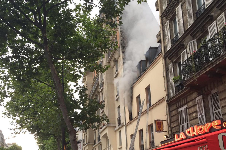 Un mort dans un incendie à Paris