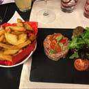 Plat : La cantine du 7  - Tartare de bœuf maison avec ses frites -