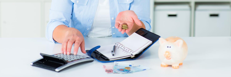 Aide aux travailleurs précaires: Pôle emploi, RSA, 900euros... Tout savoir