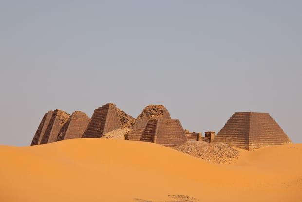Les pyramides des pharaons Noirs