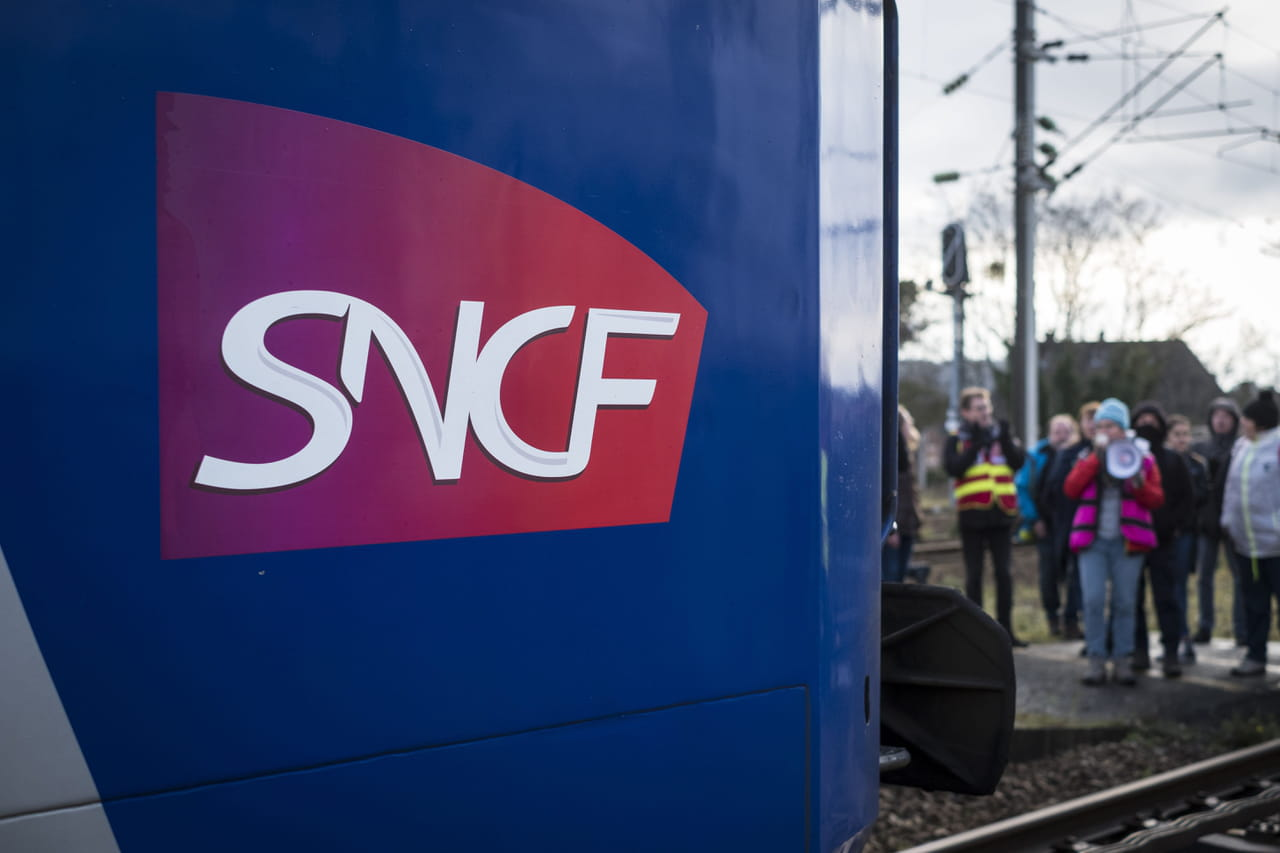 Grève RATPSNCF: des perturbations à Paris et en province lundi 17février