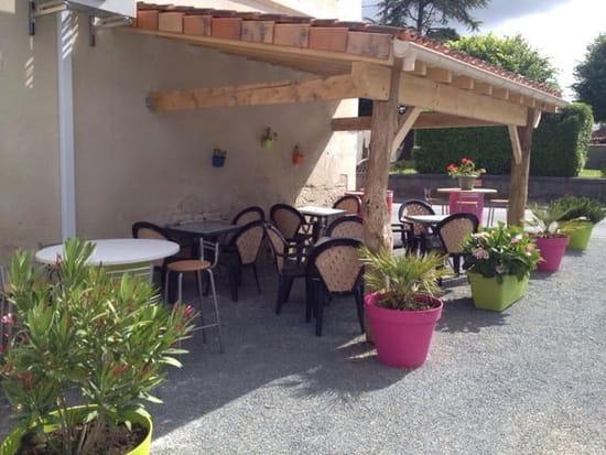 Restaurant : Le Relais d'Asnieres  - Terrasse sympathique  -