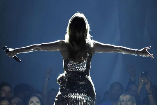 """Céline Dion: l'album """"Courage"""", un surprenant message d'amour et d'espoir"""