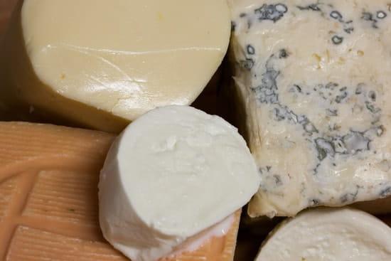 Papelli  - Échantillon de fromages importés d'Italie utilisés pour nos préparations -   © Papelli