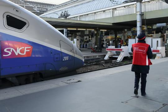 Grève SNCF: le calendrier des perturbations, dates et dernières infos