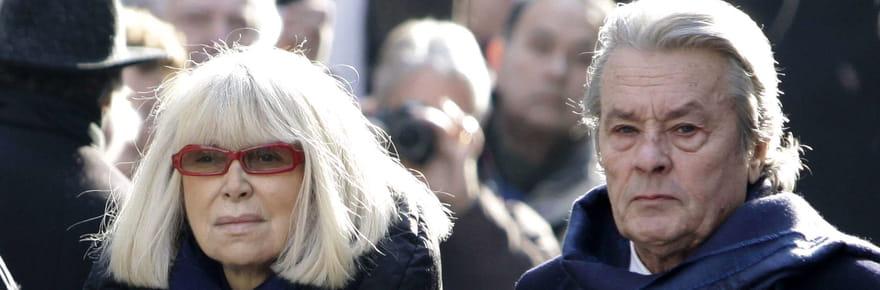 Alain Delon: après la mort de Mireille Darc, il se dit inconsolable