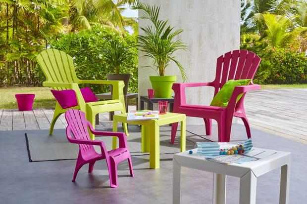 Du mobilier de jardin en plastique