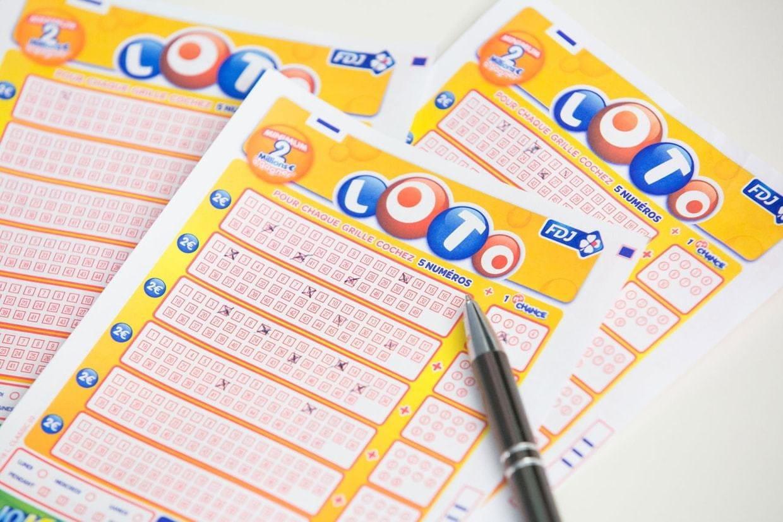 Le jackpot de 9 millions deuros remporté dans la Manche — Loto