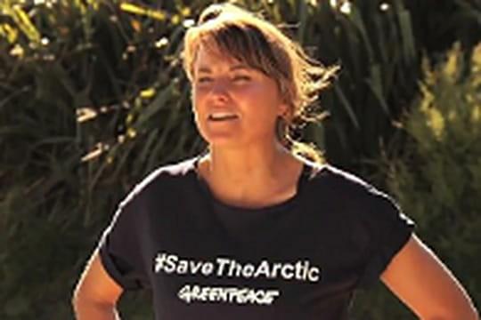 Xena la Guerrière, militante pour Greenpeace