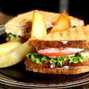 Plat : Zoom  - Sandwich et frites -   © zoomparis9